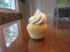 Vanilla maple cupcake