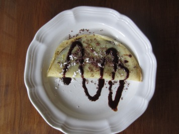 Chocolate-filled crepes