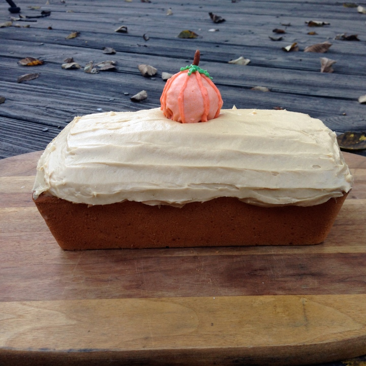 pound cake with hidden pumpkin center