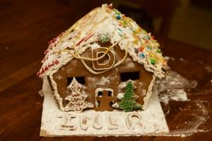 2014-12-06 -- gingerbread  024