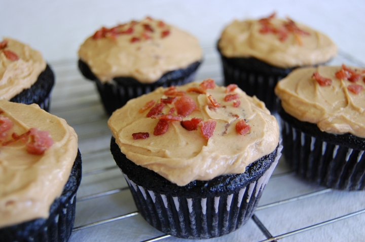 chocolate cupcakes with peanut butter bacon frosting