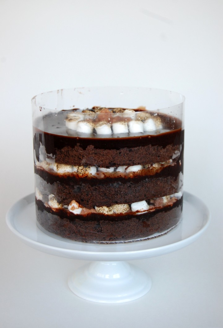 How To Moisten A Dry Chocolate Cake